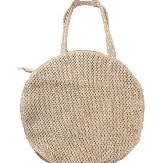 Handtas met schelpen.