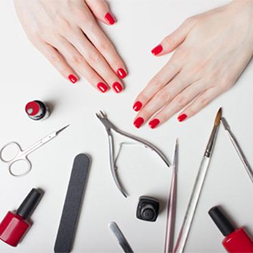 Manicure / Pedicure / Nagels
